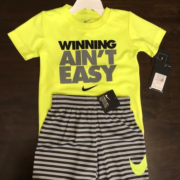 NWT Nike Toddler Boy s Winning Ain t Easy Set 3f19fe226